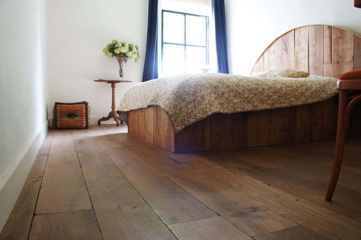 Oosterwechel Houten Vloeren : Houten vloeren films van de vloerderij tokyoughoul re kousatu